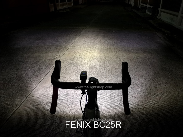 ไฟติดจักรยาน Fenix BC25R
