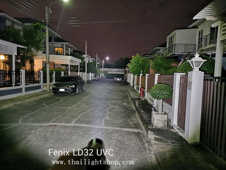 ไฟฉาย Fenix LD32 UVC