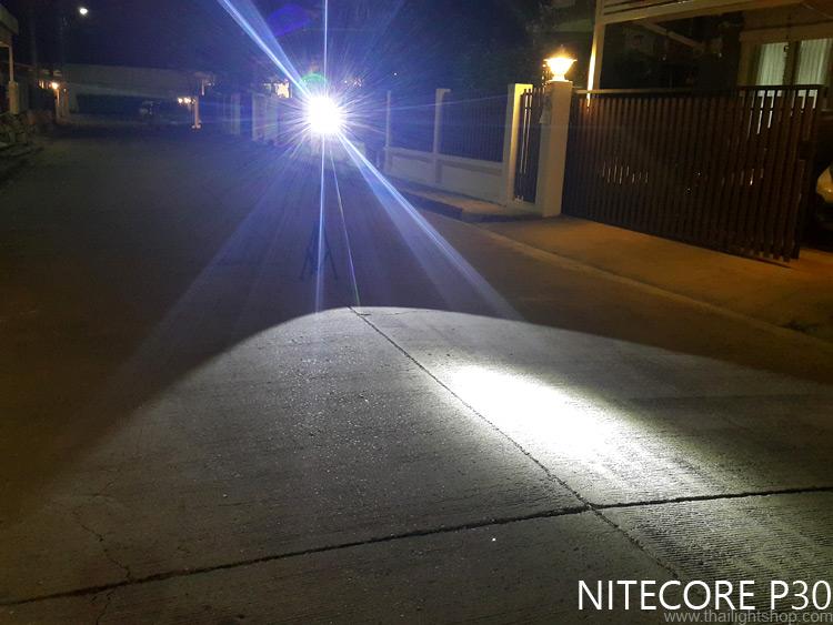 ไฟฉาย Nitecore P30