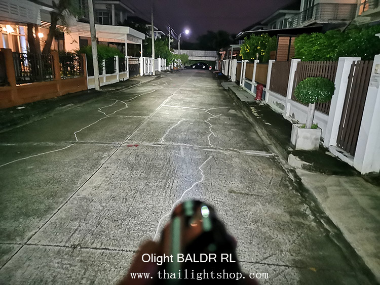 ไฟฉายติดปืน Olight Baldr RL