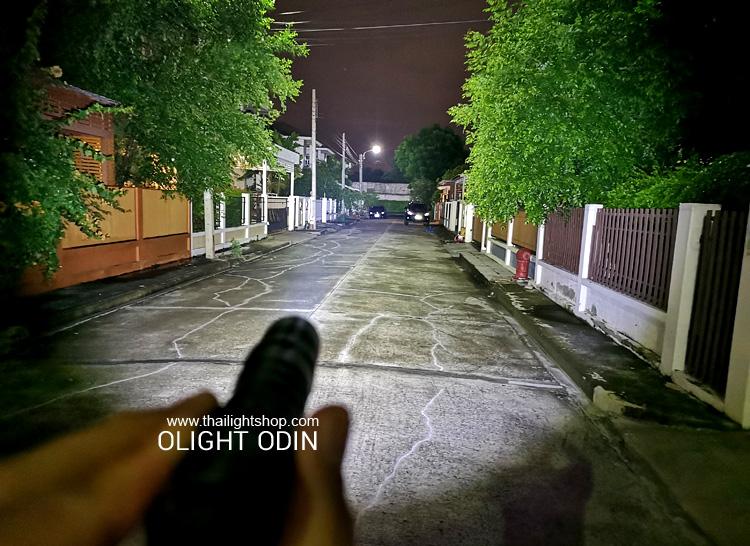 ไฟฉายติดปืนยาว Olight ODIN