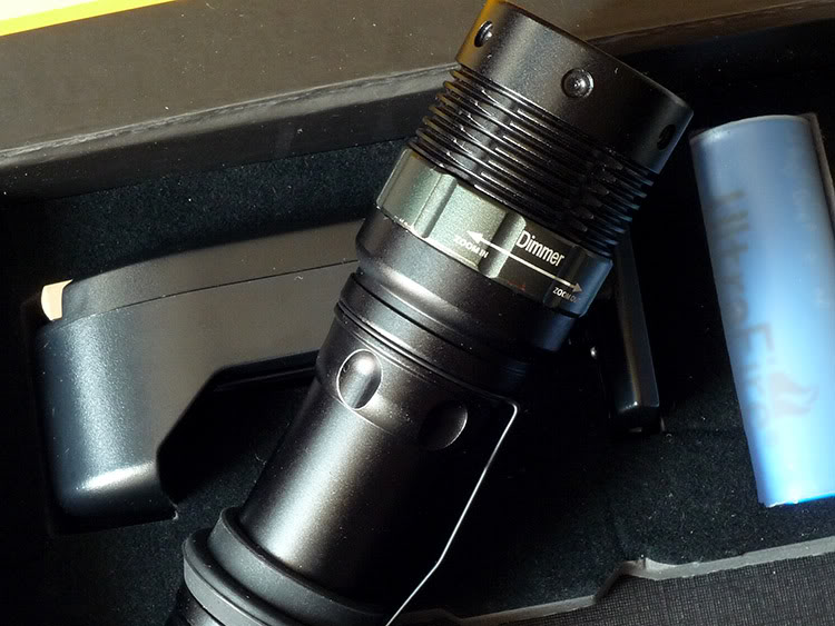 Box Set Power Style CREE LED 180 Lumens
